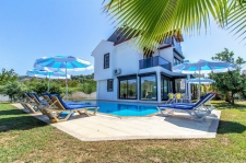 3 Bedroom Luxury Detached Villa For Sale