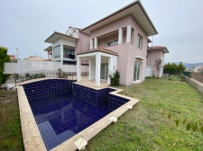 3 Bedroom Villa with Private Pools and Gardens