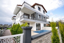 Centraly Located Semi-Detached Villa in Calis