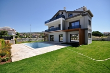 5 Bedroom Villa Walking Distance to the Calis Beach
