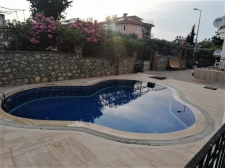 2 Bedroom Fully Furnished Apartment with Communal Pool
