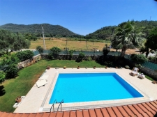 Spacious 3 Bedroom Detached Triplex Villa with Private Pool