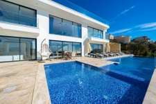 4 Bedroom Luxury Designed Triplex Villa with Fantastic View