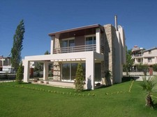 Spacious Kusadasi Villa Near Beach 3 Bedrooms