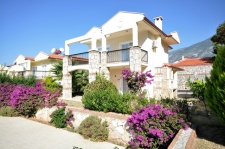 3 Bedroom Detached Villa with Shared Pool and Mountain View