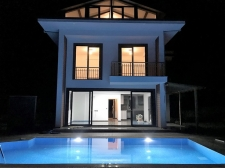 4 Bedroom Detached Villa with Private Swimming Pool