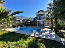 4 Bedroom Detached Dublex Villa w?th Private Pool For Sale