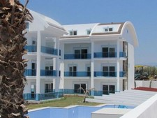 Duplex Side Town Apartments near Beach 3 Bedrooms