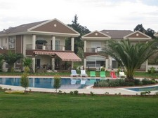 Spacious Villa in Side near Beach 4 Bedrooms