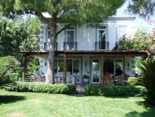 Splendid Torba Villa Sea Front 3 Bedrooms