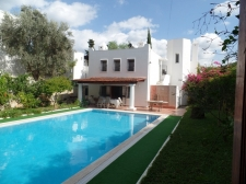 Large Family Home With Private Pool by Torba Seafront