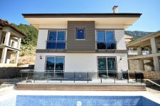 4 Bedroom Brand New Detached Villa with Swimming Pool